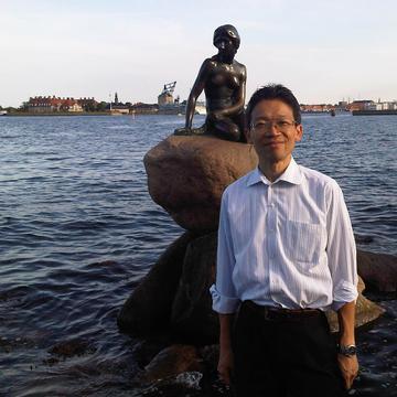 Tomoyuki Suzuki's avatar