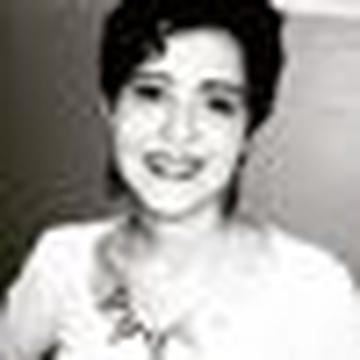 Rebeka Tassinari's avatar