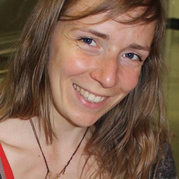 Laura Claessens's avatar