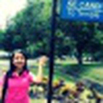 Juni Sari's avatar