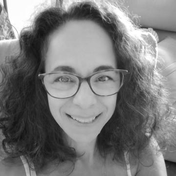 Liliane Tambasco's avatar