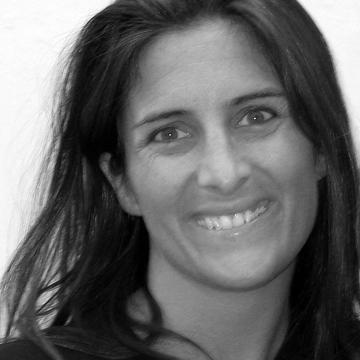 Elena Crescia's avatar