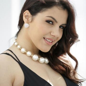 Aditi Sharma's avatar