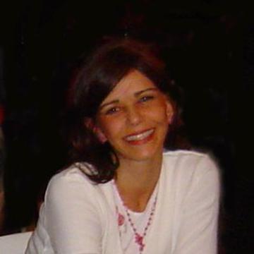 Lucilia Figueiredo's avatar
