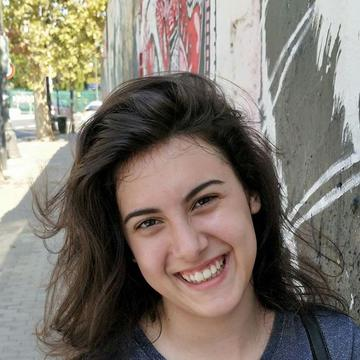 Carlota Vega's avatar