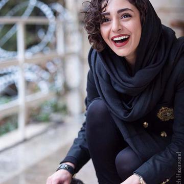 شادی عطار's avatar
