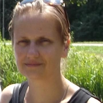 Szilvia Tarsoly's avatar