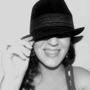 Nade Kackarovska's avatar