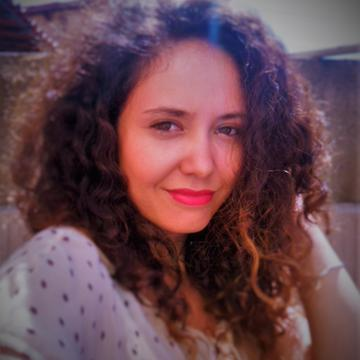Camilla  Alves Nobre's avatar