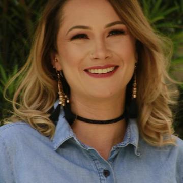 Karine Antoniolli Corso's avatar