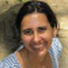 Renata Hetmanek Dos Santos's avatar