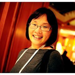 Jenny Yang's avatar