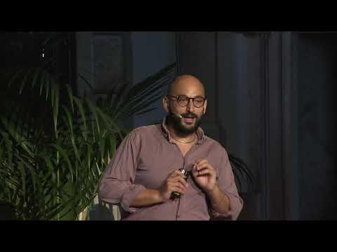 Si può cambiare il futuro?  | Giuliano Torrengo | TEDxBassanoDelGrappa thumbnail