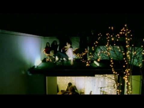 Toploader - Dancing in The Moonlight thumbnail