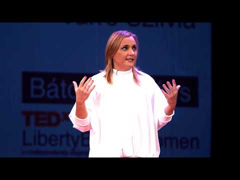 Ne hagyd, hogy a jövő csak megtörténjen veled!   Szilvia Varró   TEDxLibertyBridgeWomen thumbnail