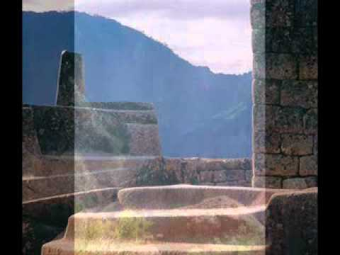 Placido Domingo sings El cóndor pasa thumbnail