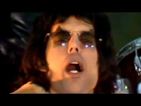 Queen - 'We Will Rock You' thumbnail
