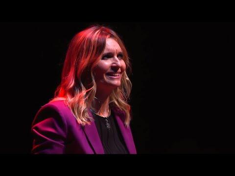 Educación consciente en valores día a día  | Yolanda Cuevas Ayneto | TEDxZaragoza thumbnail