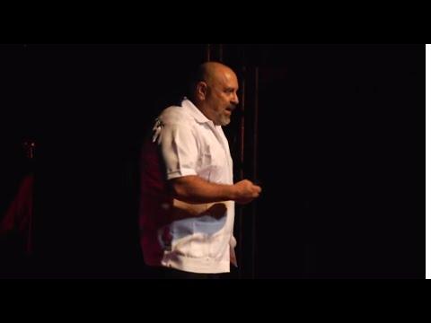 Preservar el Gran Acuífero Maya | Guillermo de Anda | TEDxManagua thumbnail