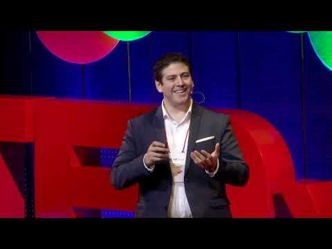 Tecnologías 3D que nos devuelven la identidad | Rodrigo Salazar | TEDxTukuy thumbnail