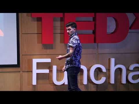 Nasci no pacote errado!   Isaac dos Santos   TEDxFunchal thumbnail