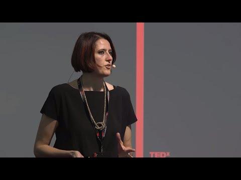 Il potere delle parole giuste | Vera Gheno | TEDxMontebelluna thumbnail