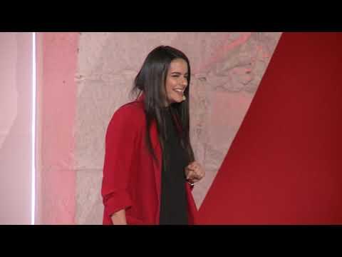 Como a condução autónoma vai mudar as nossas vidas | Sandra Costa | TEDxPorto thumbnail