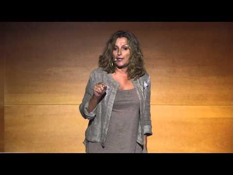 Los niños también pueden cambiar el mundo | Anna Llauradó | TEDxBarcelona thumbnail