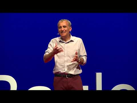 Le sens de l'engagement | Richard Thiriet | TEDxLaBaule thumbnail