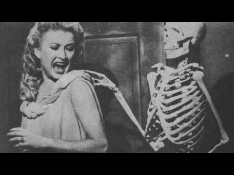 House on Haunted Hill - full movie thumbnail