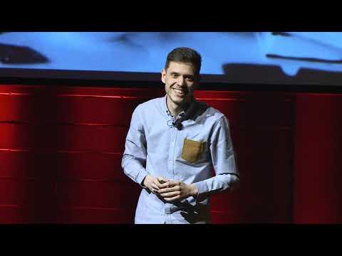 Backpack is the new black | Paul Hernandez | TEDxHECMontréal thumbnail