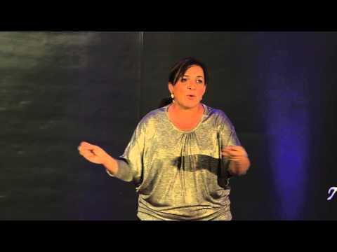 Cancún (también) es México. | Tiziana Roma | TEDxCancún thumbnail