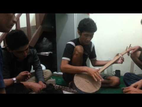 Life as a Hazara Refugee | Khadim Dai | 18-25 | Indonesia thumbnail