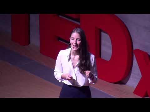 Come i droni rivoluzioneranno il futuro | Alessia Russo | TEDxMestre | Alessia Russo | TEDxMestre thumbnail