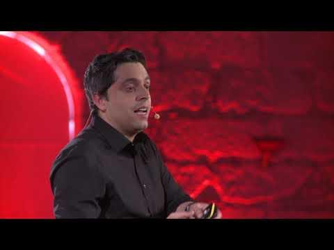 O que eles que não querem que vocês saibam | João Monteiro | TEDxPorto thumbnail