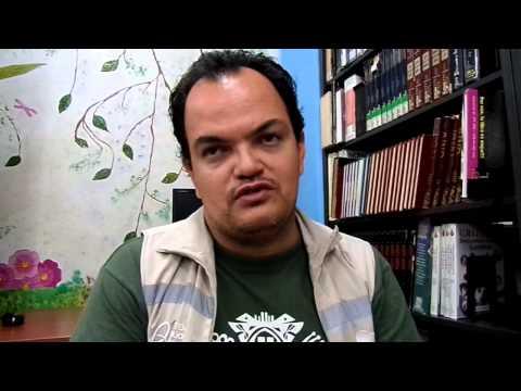 Gabriel Vanegas de la Biblioteca San Javier sobre Convergentes - Transcripción thumbnail