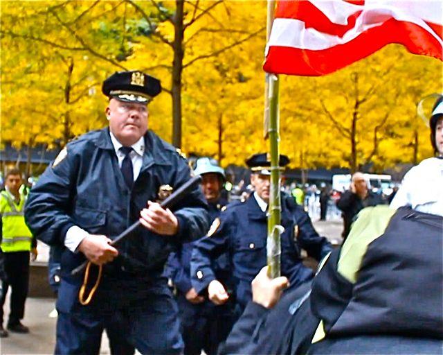 the raid on zuccotti park thumbnail