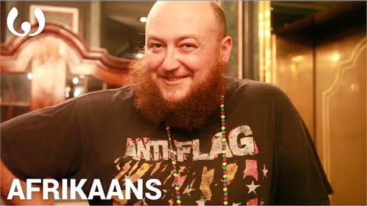 WIKITONGUES: Roussow speaking Afrikaans