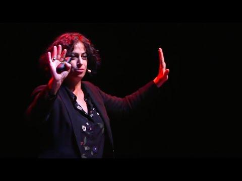 Hackeemos los estereotipos  | Cristina Aranda Gutiérrez | TEDxZaragoza thumbnail