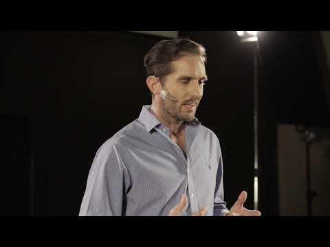 El jugador que llevamos dentro | Marcelo Blanco | TEDxJoven@CNBA thumbnail