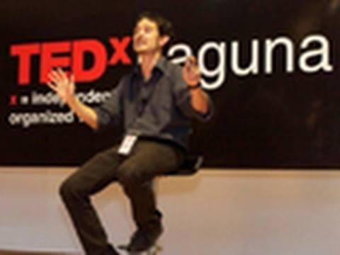 Aprendizaje invisible: ¿Cómo aprender a pesar de la escuela? | Cristobal Cobo | TEDxLaguna - thumbnail